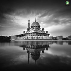 25 Best Black and White Photography examples