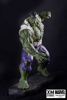 XM Studios is excited to present our next Marvel Premium Collectibles series statue, The Incredible Hulk! Behold as the extreme power, intense fury and savagery of the green behemoth is immortalized in amazingly detailed 1:4 scale cold-cast porcelain. Each painstakingly handcrafted statue stands at approximately 22 inches tall and every piece individually hand-painted with the highest possible quality finish.