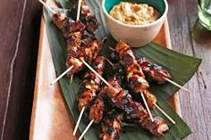 This wonderful Malay chicken dish creates flavour and excitement with simple cooking and just a few authentic ingredients - Chicken Sate Skewers Skewer Recipes, Appetizer Recipes, Party Appetizers, Indian Food Recipes, Asian Recipes, Winter Party Foods, Cocktail Party Food, Best Party Food, Malaysian Food
