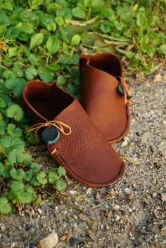 Popular items for leather slippers on Etsy
