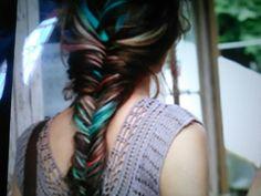 Lindo y colorido pelo