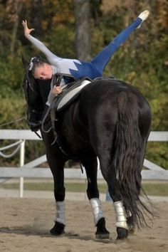 Equestrian vaulting is most often described as gymnastics and dance on horseback, and like thes. Riding Hats, Horse Riding, Equine Photography, Animal Photography, Trick Riding, Horse Tips, Equestrian Outfits, Horse Pictures, Vaulting
