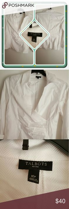 💙 Woman's White Top Size 10P 💙 Woman's White Top From Talbots Size 10P. This Is In Excellent Pre Loved Condition. I'm Selling For A Friend 🚫 PAYPAL 🚫 TRADES 🚫 LOWBALL OFFERS PRICED LOW ALREADY 💙 Talbots Tops Blouses
