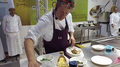 Ernst Knam rivisita la caponata. A voi il live del cooking show nel Forum Cucina