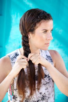 11 Gym Hairstyles You'll Wear All Summer Long via Brit + Co. Side Braid: This dutch braid plus tight side braid is perfect for getting your bangs out of your way while rock climbing or taking on a cycling class Easy Hairstyles For Long Hair, Hairstyles For Round Faces, Loose Hairstyles, Casual Hairstyles, Summer Hairstyles, Hairstyle Ideas, Finger Wave Hair, Workout Hairstyles, Hair Magazine