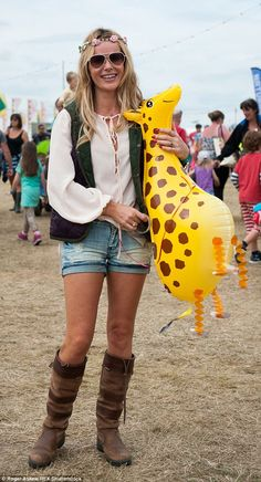 Hippy chick: Amanda Holden channelled a hippy vibe in shorts and a floaty blouse at Jamie ...