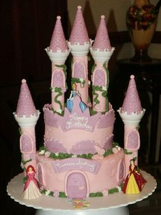 castle cakes with wilton romantic castle kit Castle cake made
