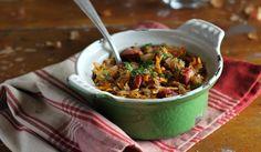 Een echte wintermaaltijd is wel een stoofpotje. Verwerk er witte kool in en kook dit lekkers voor je huisgenoten. Ingrediënten (voor 4 personen) - 300 g chorizo - 1 ui, gesnipperd - 1 teentje knoflook, uitgeperst - 1 kleine witte kool, geschaafd - 2 winterwortels, in reepjes - ½ l groentebouillon - 400 g cannellini…