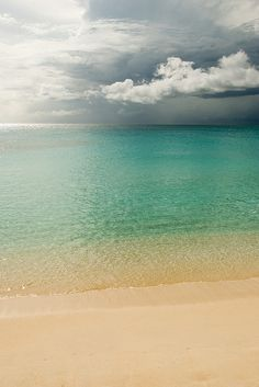Mullet Bay Beach, St. Maarten by peri.scope, via Flickr