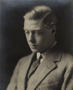 Prince Edward of Wales, Duke of Windsor Royal Monarchy, British Monarchy, Queen Mary, King Queen, Eduardo Viii, Edward Windsor, Edward Albert, Uk History, British Royal Families