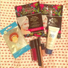 Beauty care bundle 2 aloe Vera face masks, cucumber chai eye pads, BB beauty balm concealer in shade light. NYX wonder concealer pencil in shade medium, elf glossy gloss in merry cherry, Sephora lip stain in strawberry & Bobbi brown mini lip gloss in bare sparkle. All brand new and lip glosses have only been tried once. Bobbi Brown Makeup