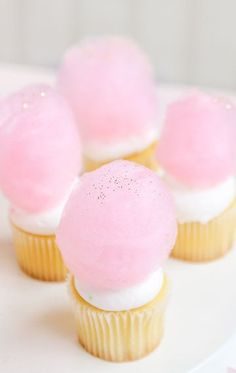 Drunk in Love | Ready for a sweetness overload? Top cupcakes with cotton candy