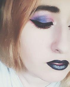 Oh vaya... D:  #makeup #eyeliner #eyemakeup #lips #nyx #ihearmakeup #nyxcosmetics #nyxalien #alien #eyeshadow #blacklips
