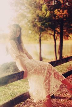 sunflowersandsearchinghearts: Luz solar, Lace & Loveliness via Pinterest