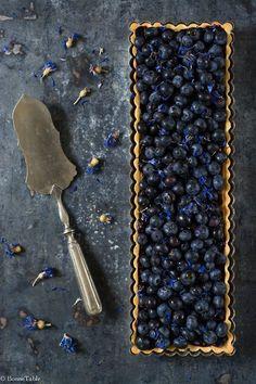 Pâte sablée de Pierre Hermé :120 g de beurre 2 g de sel fin 90 g de sucre glace 15 g de poudre d'amande 1 oeuf entier 240g(60+180g) de farine Préchauffer le fou