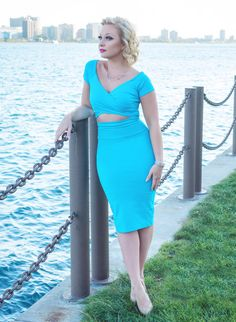 Modern Midwest Maven - Petite Fashion & Style Blogger. For more petite fashion & style bloggers visit http://petitestyleonline.com/blogroll/