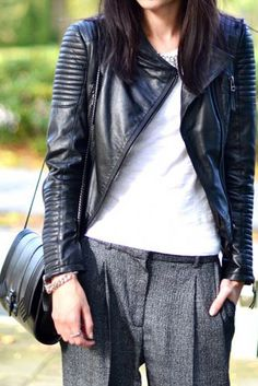 I need this outfit for the season! Amazing jacket.