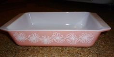Vintage 1950s Glass PYREX Casserole Baking Dish Pink Daisy 2 Qt #575-B #Pyrex