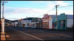 Main Street of Bell End. shape of houses and powerlines over the road make the town look rural Main Street, Street View, Journey To The Past, New Zealand, Places Ive Been, Maine, Australia, Kiwi, Houses