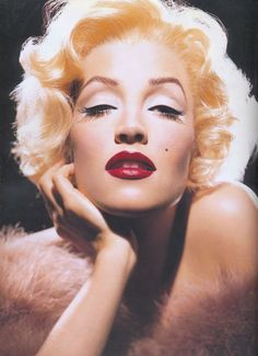 Журнал эстета-декадента - Face Forward... Lisa Marie Presley as Marilyn Monroe
