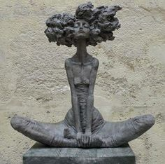 Sculpture by Valerie Hadida www.daily-art.com