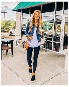 Summer Outfits Women 30s, Casual Fall Outfits, Cute Outfits, Leggings Outfit Summer Casual, Cute Legging Outfits, Summer Outfits For Moms, Black Leggings Outfit, Casual Ootd, Work Casual