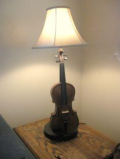 homemadeviolinlamp.jpg