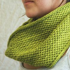 Cowl Pattern - Such a gorgeous knit.