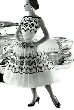 1950s #naturalwaist dress. Love! #vintage