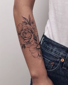 - Tatoo - Tattoo Models - Growing Peonies - How to Plant & Care for Peony Flowers Mini Tattoos, Rose Tattoos, Body Art Tattoos, Small Tattoos, Sleeve Tattoos, Tatoos, Tattoos Skull, Forearm Tattoos, Piercings