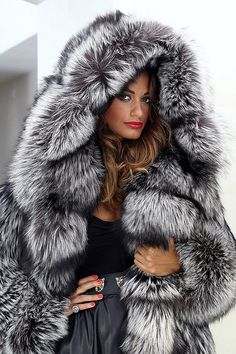 Silver fox Fur Fur & cars Добавь, ставь нравится, поделись. Add, Like, Share! #furonline #furfashion #furstyle