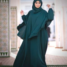 Mode Abaya, Modele Hijab, Hijab Dress, Turbans, Hijabs, Modest Outfits, Voici, Islam, Boutique