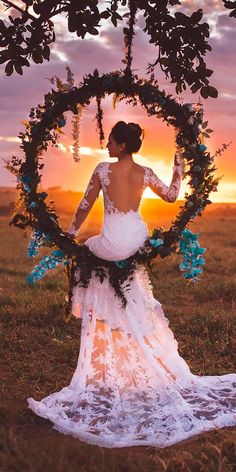 Trendy Bohemian Wedding Decorations ❤ bohemian wedding hoop shaped swing with greenery and blue orchids najudecastro wedding inspiration Trendy Bohemian Wedding Decorations Bohemian Wedding Decorations, Boho Wedding, Destination Wedding, Dream Wedding, Wedding Day, Wedding Beach, Wedding Swing, Wedding Nails, Wedding Centerpieces