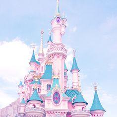 A Fairytale Come True In Disneyland Paris Disney Trips, Disney Parks, Disney Pixar, Walt Disney, Disney Vacations, Disney Dream, Disney Love, Disney Magic, Disneylândia Vintage