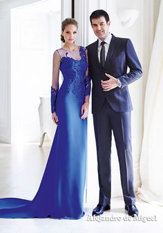 Alejandro de Miguel confección de trajes de madrina, novia, invitada y fiesta a medida. Moda nupcial, modelos exclusivos a tu medida, fabricamos para toda España.