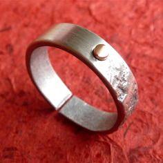 Bague fait main pour homme, moitié polie/moitié texturé - anneau ouvert