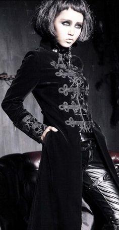 Y-401 Velvet Vampire Aristocrat Long Coat
