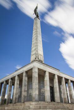 Slavín, Bratislava - pamätník