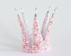 White crown Princess Photo Session accessory by ArsiArt on Etsy First Birthday Crown, Minnie Mouse First Birthday, 1st Birthday Girls, Girls Crown, Pink Crown, Pink Palette, Princess Photo, Fantasy Hair, Headpiece Wedding