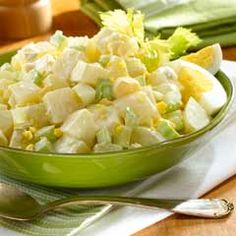 Recipe: Country Potato Salad featuring Hellmann's Real Mayonnaise - Life With Lisa Rice Recipes, Side Dish Recipes, Potato Recipes, Salad Recipes, Cooking Recipes, Side Dishes, Yummy Recipes, Vegetarian Recipes, Country Potato Salad Recipe