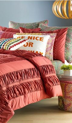 #red frillled bedding http://rstyle.me/n/kfpc5r9te