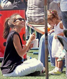 Le 14 août 2010, en famille, Jessica Alba participait à un tournoi amical de kickball, à Los Angeles