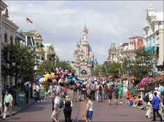 Disneyland Paris - Discover Disneyland in Paris