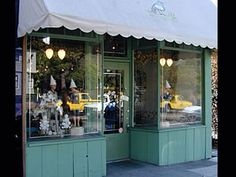 Tail of the Yak :: Elmwood District Shopping & Dining Guide :: Berkeley :: California