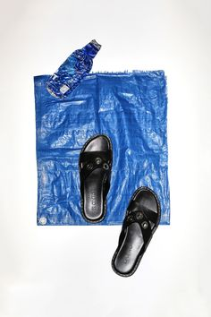 c02ab77113923a Meet Your New Minimal Black Sandal That s Anything But Boring