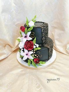 Black cake for women Cakes For Women, Cake Decorating, Cupcakes, Desserts, Fun, Tailgate Desserts, Cupcake Cakes, Deserts, Postres