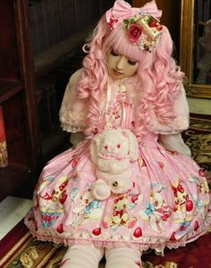 Grown-up women dressing up like little girls or dolls and looking like them, think its sick & very bizarre ~ Sweet lolita. Japanese street fashion...