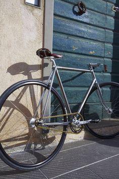 Edelrose Fixie - retro style biking