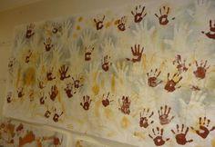 Fresque daprès Cromignon: mains positives et négatives - Photographies diverses - Galerie - Forums-enseignants-du-primaire