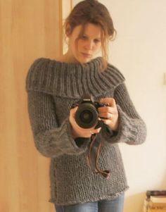 Na drie avonden breien af! Supersnelle trui van Eskimo volgens dit patroon. Heel, heel erg fijn warm en prik-vrij! Enige nadeel: de kraag past nauwelijks onder/in mijn winterjas... Diy Crochet And Knitting, Crochet Wool, Sweater Knitting Patterns, Crochet Shawl, Knitting Designs, Knitting Stitches, Crochet Clothes, Denim Ideas, Mohair Sweater